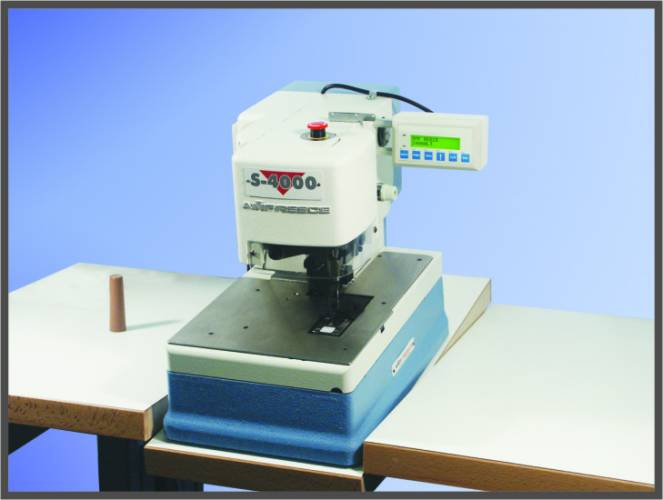 Chainstitch Lingerie Tacker Machine S-4000 LT
